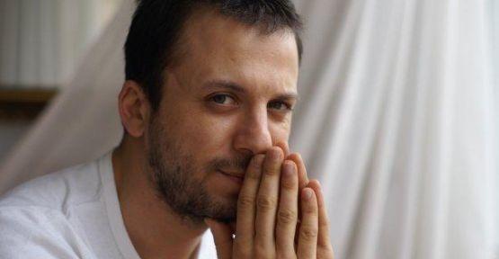 Serkan Altunorak: Muhteşem Yüzyıl'dan sonra ekranlardan uzak kalan yakışıklı oyuncu yeni teklifleri bekliyor.