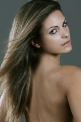 Survivor All star'ın Yunan güzeli Nadya Zagli yarışmada performansı ile göz dolduruyor.