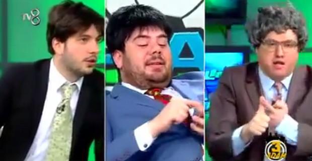3-adam-beyaz-futbol